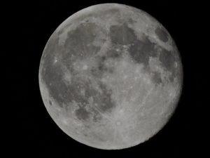 Astronomie - Mit dem Fernglas Sterne beobachten?