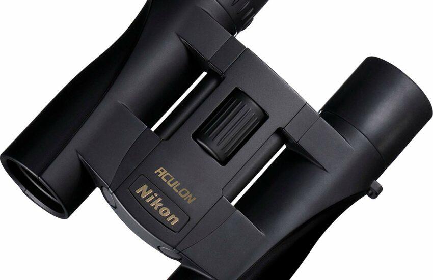 Nikon Aculon A30 Fernglas