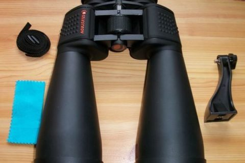 Celestron SkyMaster 15x70 Fernglas Lieferumfang